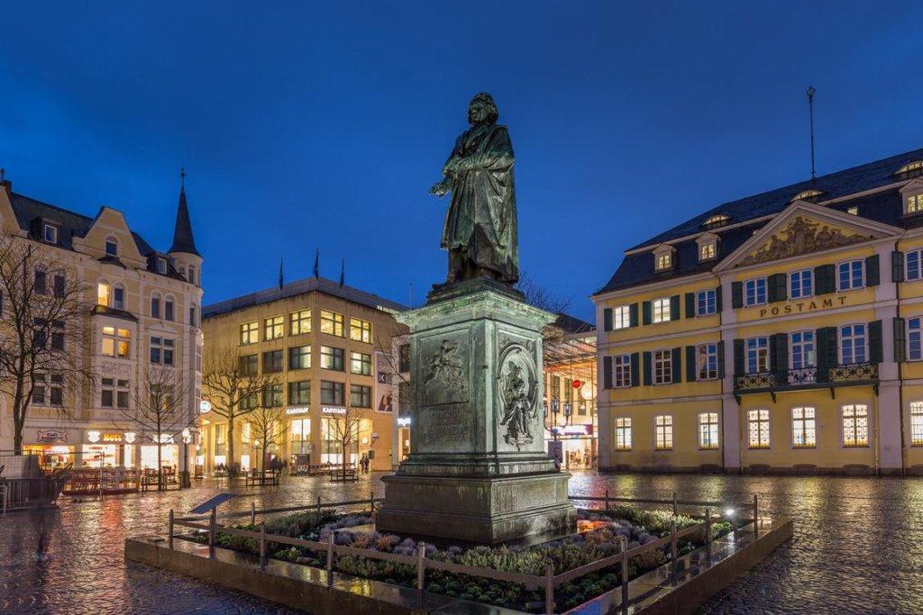 Beethovenplatz, Bonn