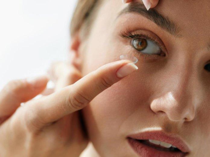 Dauerkontaktlinsen