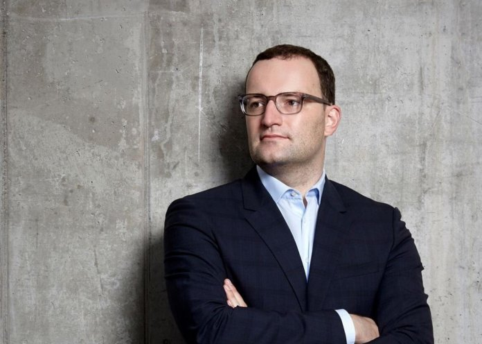 Faces behind glasses mit Jens Spahn