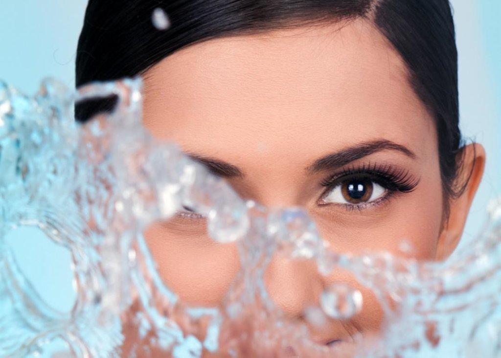 Wasser Auge